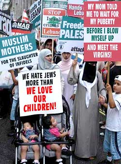 muslim_rally_mothers_250.jpg