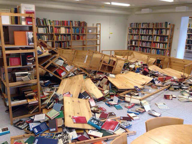 Biblioteket-i-Staffanstopr-vandaliserat-av-ungdomsgäng-foto-Polisen-i-Lund