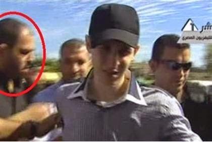 Raed al-Attar with Gilad Shalit