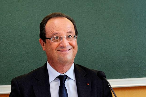 hollande-village-idiot
