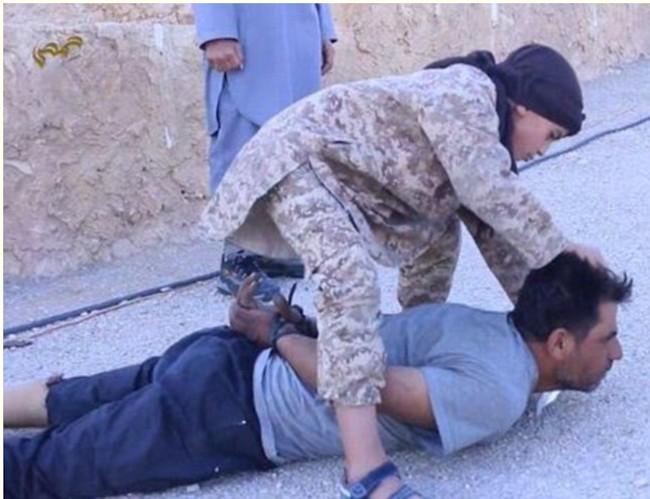ISIS crianza de los hijos