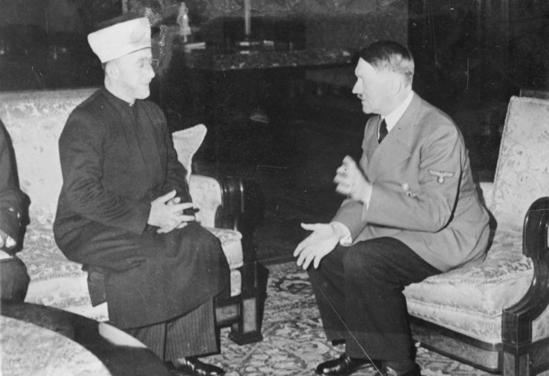 Hitler-hosts-the-Mufti-792x543