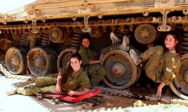 IDF piger